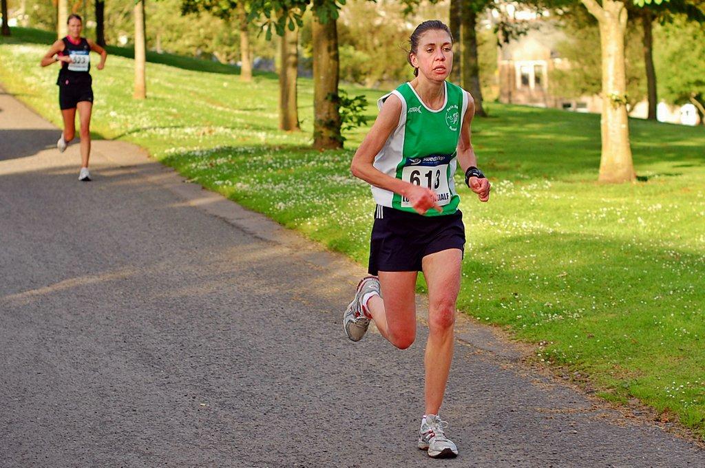 Nicola Crowe Milnathort 2011