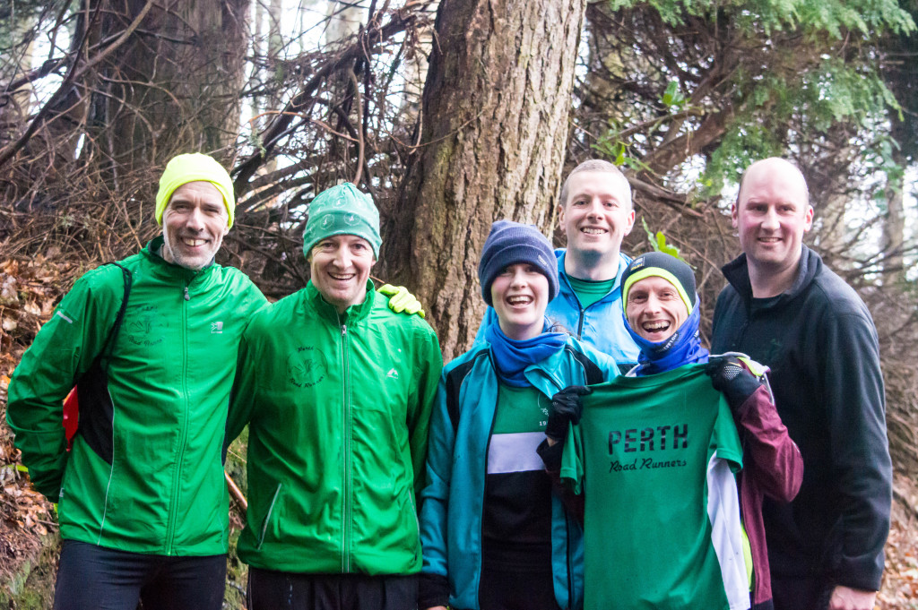 Frostbite runners - Neil, Stewart, Gillian, Richard, Stewart and Stuart